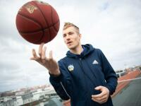 Basketballer Niels Giffey